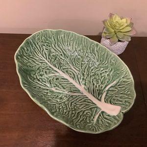 NWOT - Large Green Leaf Serving Bowl
